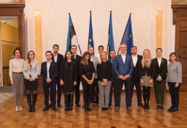 EDK on alustanud Gruusia suunalise arengukoostööprojekti elluviimist, mis näeb ette Gruusia välisministeeriumi diplomaatilise instituudi arengu toetamist.